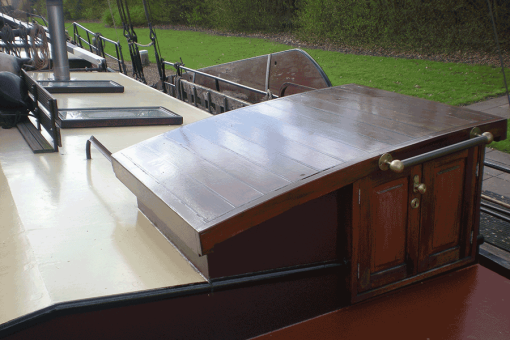 Boot geverfd met Perkoleum Transparant Koopmansverfshop